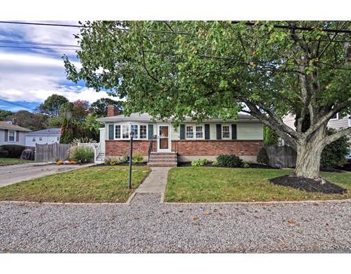 Casa Unifamiliar por un Venta en 121 Rustcraft Road 121 Rustcraft Road Dedham, Massachusetts 02026 Estados Unidos