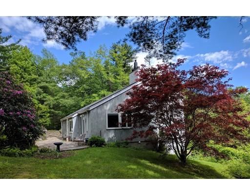 Maison unifamiliale pour l Vente à 161 Eden Trail 161 Eden Trail Leyden, Massachusetts 01337 États-Unis