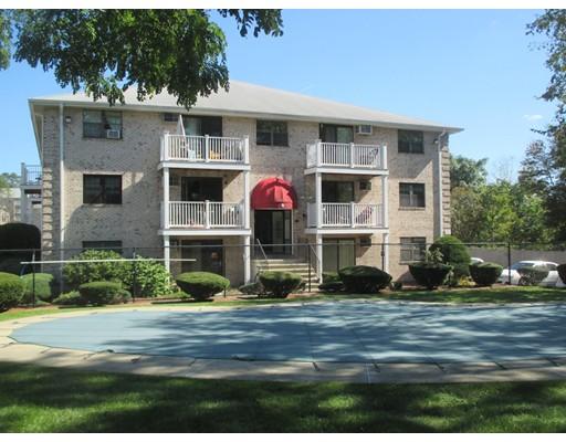 Casa Unifamiliar por un Alquiler en 8 Kenmar Drive 8 Kenmar Drive Billerica, Massachusetts 01821 Estados Unidos