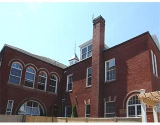 Condominium for Sale at 88 Franklin 88 Franklin Lynn, Massachusetts 01902 United States