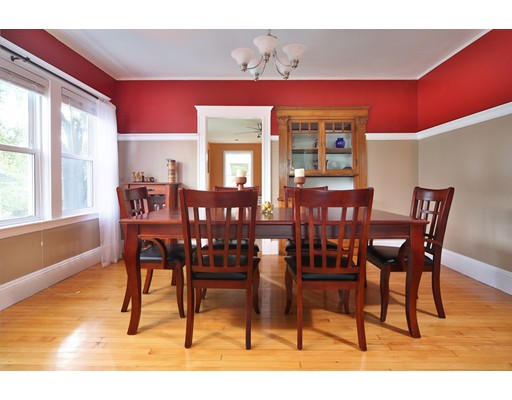 Picture 2 of 122 Winsor Ave Unit 122a Watertown Ma 3 Bedroom Condo