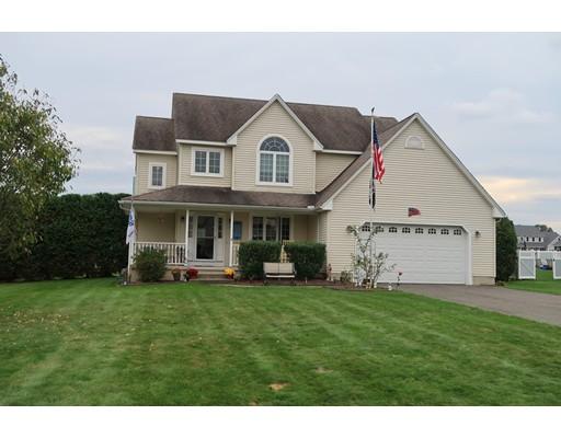 Частный односемейный дом для того Продажа на 16 Bayberry Drive 16 Bayberry Drive Easthampton, Массачусетс 01027 Соединенные Штаты