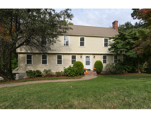 Casa Unifamiliar por un Venta en 5 Olde Coach 5 Olde Coach Westborough, Massachusetts 01581 Estados Unidos