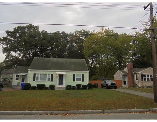 独户住宅 为 出租 在 123 Gardens Drive Springfield, 01119 美国
