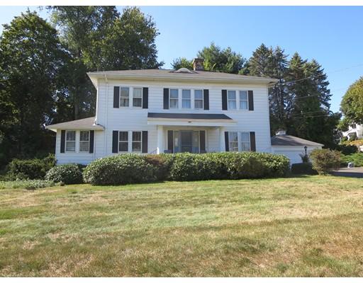 Частный односемейный дом для того Продажа на 305 Hillside Avenue 305 Hillside Avenue Holyoke, Массачусетс 01040 Соединенные Штаты