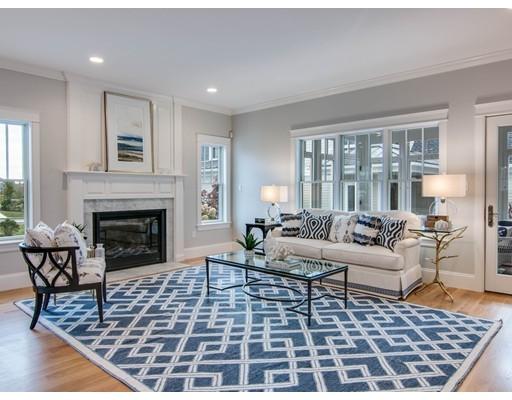 واحد منزل الأسرة للـ Sale في 10 Stonebridge Road 10 Stonebridge Road Ipswich, Massachusetts 01938 United States