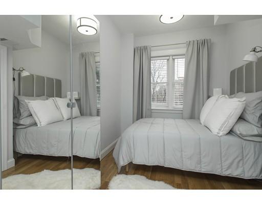 Casa Unifamiliar por un Alquiler en 200 Warren Avenue Boston, Massachusetts 02116 Estados Unidos