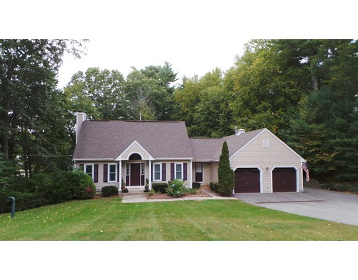 Single Family Home for Sale at 95 West Lake Drive Taunton, 02780 United States