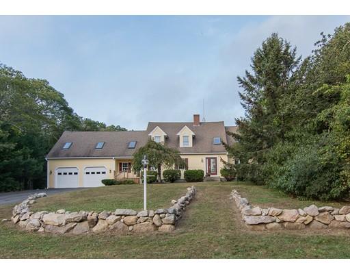 Maison unifamiliale pour l Vente à 27 Old Dam Road 27 Old Dam Road Bourne, Massachusetts 02532 États-Unis