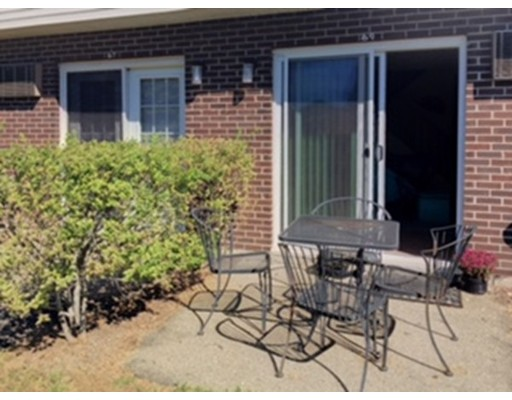 Condominium for Sale at 50 Meadow 50 Meadow Amherst, Massachusetts 01002 United States