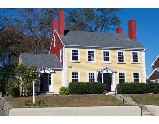 Maison unifamiliale pour l Vente à 309 High Street 309 High Street Medford, Massachusetts 02155 États-Unis