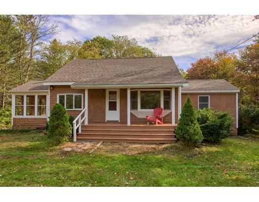 واحد منزل الأسرة للـ Sale في 127 Root Road 127 Root Road Barre, Massachusetts 01005 United States