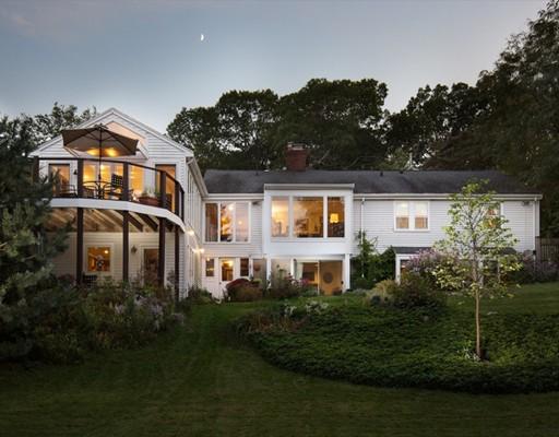 独户住宅 为 销售 在 143 Concord Avenue 143 Concord Avenue Lexington, 马萨诸塞州 02421 美国