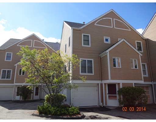 Condominio por un Venta en 8 Merlin Court Worcester, Massachusetts 01602 Estados Unidos