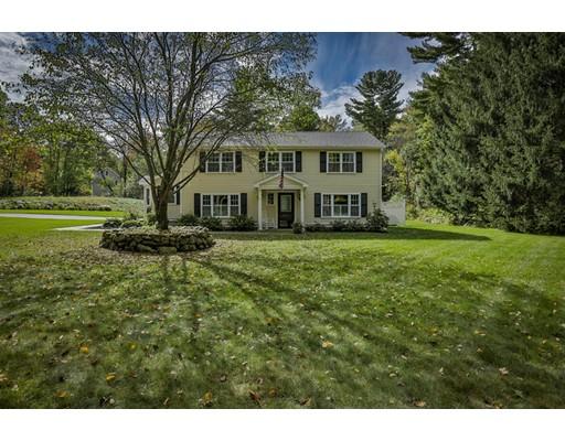 Maison unifamiliale pour l Vente à 279 Long Hill Road 279 Long Hill Road Bolton, Massachusetts 01740 États-Unis