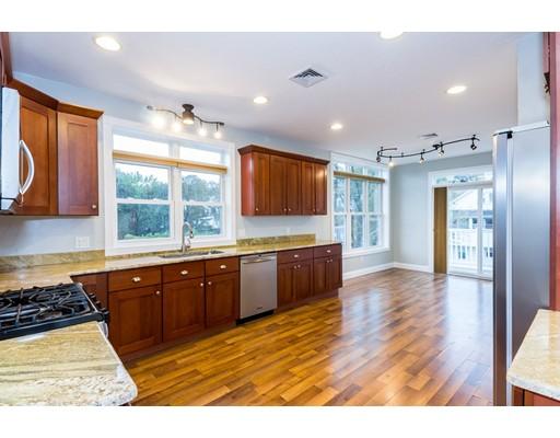 Condominio por un Venta en 68 Jefferson Avenue 68 Jefferson Avenue Everett, Massachusetts 02149 Estados Unidos