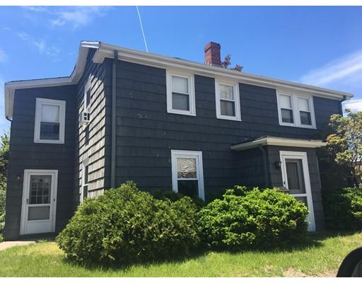 Casa Unifamiliar por un Venta en 4 Montague Road 4 Montague Road Dedham, Massachusetts 02026 Estados Unidos