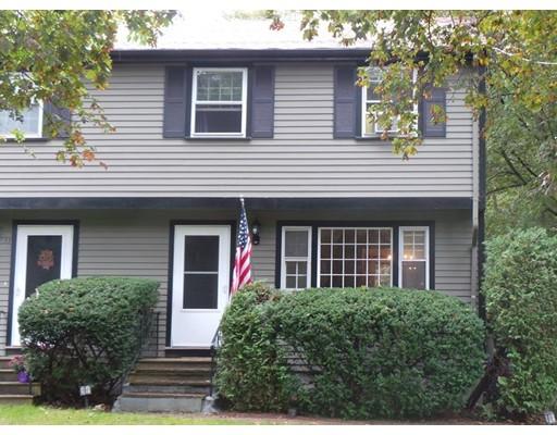 Casa unifamiliar adosada (Townhouse) por un Alquiler en 9 Spring St #9 9 Spring St #9 Foxboro, Massachusetts 02035 Estados Unidos