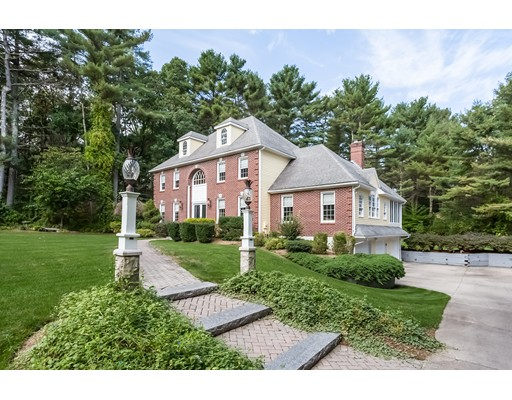 Single Family Home for Sale at 163 York Road 163 York Road Mansfield, Massachusetts 02048 United States