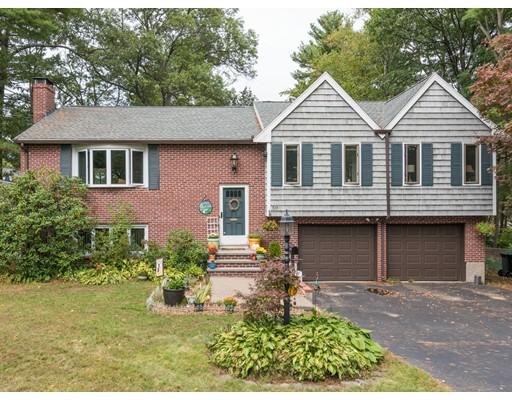 Casa Unifamiliar por un Venta en 59 Harmony Hill 59 Harmony Hill Dedham, Massachusetts 02026 Estados Unidos