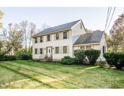 Maison unifamiliale pour l Vente à 14 Brundrett Avenue 14 Brundrett Avenue Andover, Massachusetts 01810 États-Unis