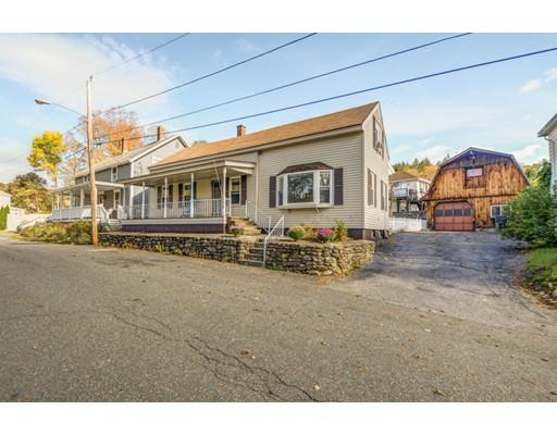 واحد منزل الأسرة للـ Sale في 30 Mechanic Street 30 Mechanic Street Hardwick, Massachusetts 01031 United States