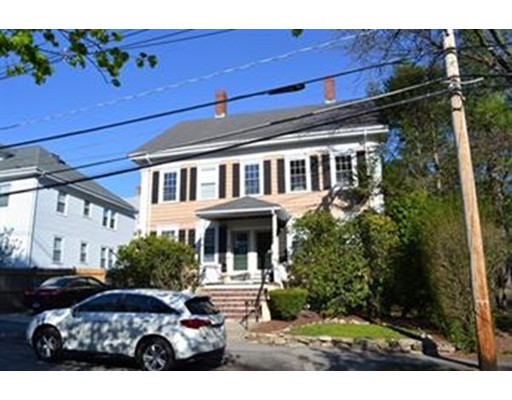 Частный односемейный дом для того Аренда на 63 Maple Street 63 Maple Street Norwood, Массачусетс 02062 Соединенные Штаты
