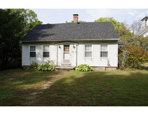 Maison unifamiliale pour l Vente à 468 Central Tpke 468 Central Tpke Sutton, Massachusetts 01590 États-Unis