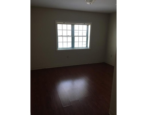 Additional photo for property listing at 10 florence  Malden, Massachusetts 02148 United States