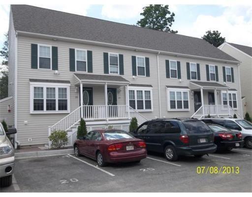 Casa unifamiliar adosada (Townhouse) por un Alquiler en 17 Foster Street #19 17 Foster Street #19 Brockton, Massachusetts 02301 Estados Unidos