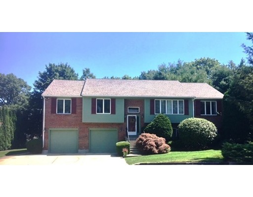Additional photo for property listing at 11 Cogswell Court  Needham, Massachusetts 02492 Estados Unidos