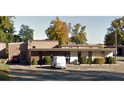 Comercial por un Alquiler en 36 Ramah Circle North 36 Ramah Circle North Agawam, Massachusetts 01001 Estados Unidos