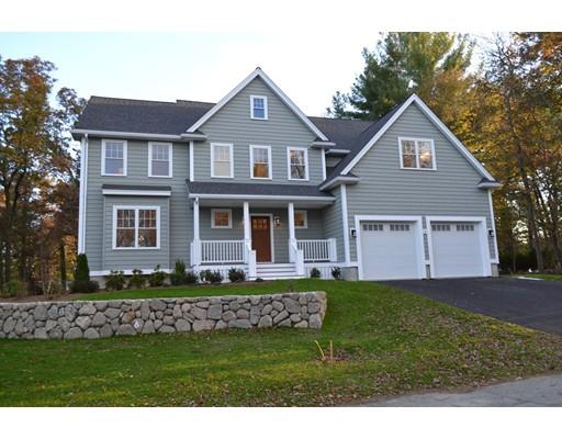 Частный односемейный дом для того Продажа на 4 Evelyn Street 4 Evelyn Street Burlington, Массачусетс 01803 Соединенные Штаты