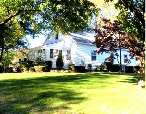Maison unifamiliale pour l Vente à 2 Greenacre Lane 2 Greenacre Lane East Longmeadow, Massachusetts 01028 États-Unis