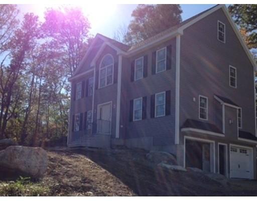 واحد منزل الأسرة للـ Sale في 1626 Mammoth Road 1626 Mammoth Road Dracut, Massachusetts 01826 United States