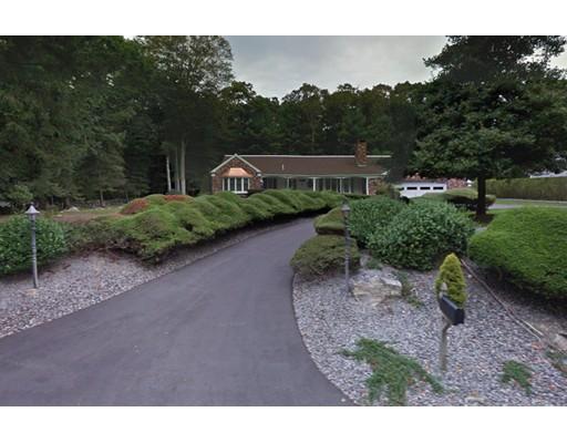 واحد منزل الأسرة للـ Sale في 63 Alice Street 63 Alice Street Dartmouth, Massachusetts 02747 United States