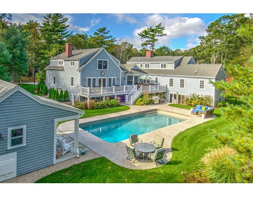 Additional photo for property listing at 4 Hill Creek Road 4 Hill Creek Road Barnstable, Massachusetts 02632 Estados Unidos