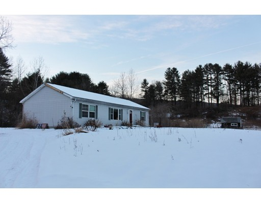 Single Family Home for Sale at 373 Plain Road 373 Plain Road Greenfield, Massachusetts 01301 United States