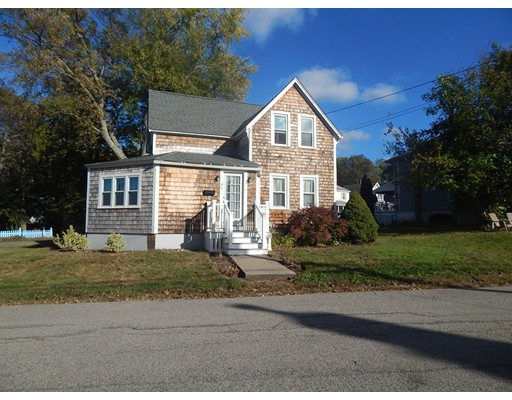 独户住宅 为 出租 在 45 Holbrook 韦茅斯, 马萨诸塞州 02191 美国
