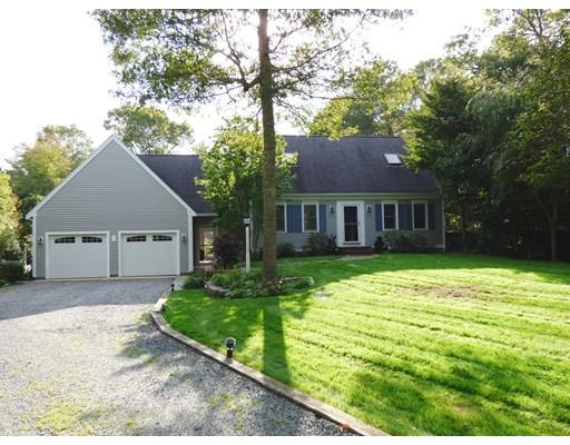 Casa Unifamiliar por un Venta en 120 N Precinct Road 120 N Precinct Road Barnstable, Massachusetts 02632 Estados Unidos