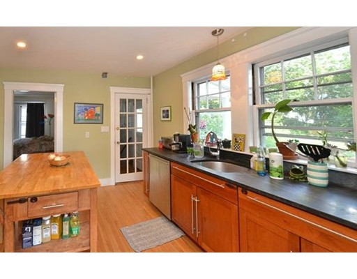 Additional photo for property listing at 5 Goodway Road  Boston, Massachusetts 02130 Estados Unidos