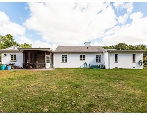 190  Country Club Lane,  Brockton, MA