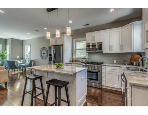 Condominio por un Venta en 26 Dana Street 26 Dana Street Somerville, Massachusetts 02145 Estados Unidos