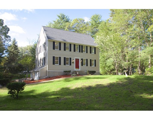 Single Family Home for Sale at 260 Oldham Street 260 Oldham Street Pembroke, Massachusetts 02359 United States