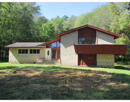 独户住宅 为 销售 在 240 Worcester Road 240 Worcester Road Barre, 马萨诸塞州 01005 美国