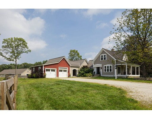 Single Family Home for Sale at 80 Prospect Street 80 Prospect Street Upton, Massachusetts 01568 United States