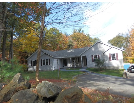 Single Family Home for Sale at 162 Lord Road 162 Lord Road Templeton, Massachusetts 01468 United States