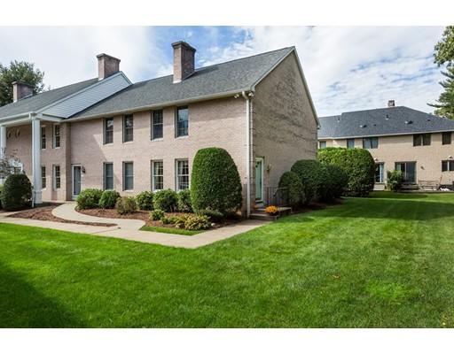 Appartement en copropriété pour l Vente à 6 Mansion Woods Drive 6 Mansion Woods Drive Agawam, Massachusetts 01001 États-Unis