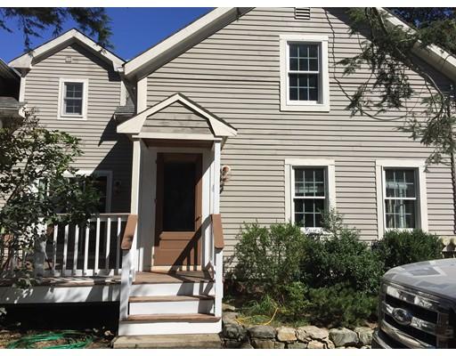 联栋屋 为 出租 在 51 Pound Street #1 51 Pound Street #1 麦德菲尔德, 马萨诸塞州 02052 美国
