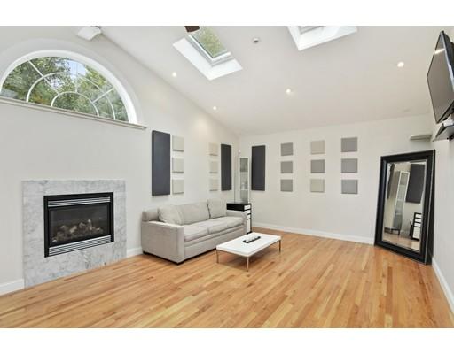 Single Family Home for Rent at 51 Ledge Road Lynnfield, Massachusetts 01940 United States